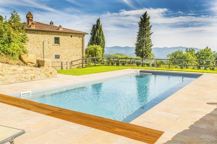 Villa-I-Gigli-Tuscany-Olivers-Travels