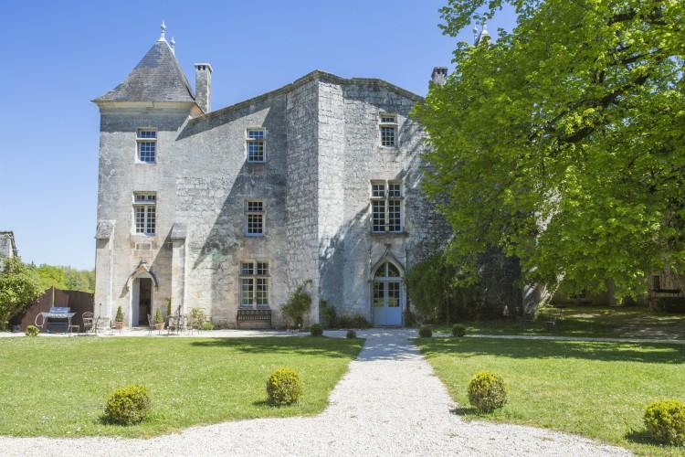 Chateau de Seyres - Dordogne - Oliver's Travels