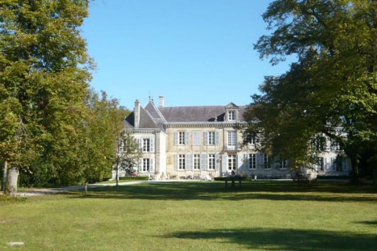 Chateau De Jaques - Champagne - Oliver's Travels