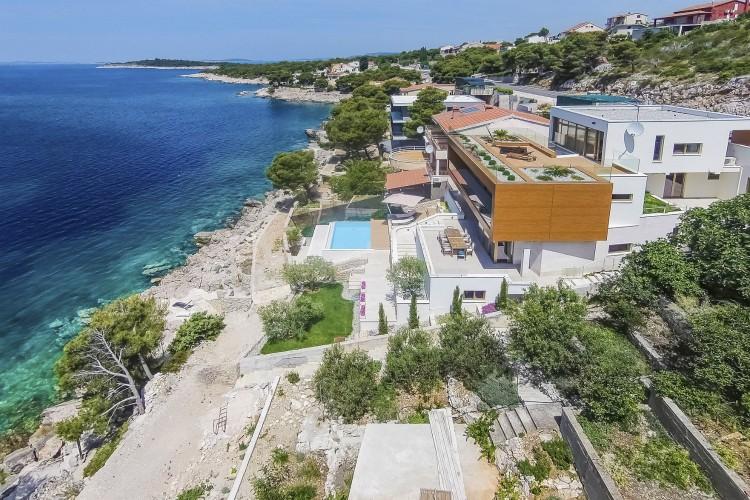 Villa Lovre - Dalmatia - Oliver's Travels