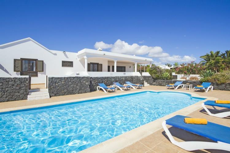 Villa Soleado - Lanzarote - Oliver's Travels