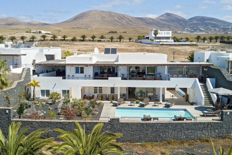 Villa Topaz - Lanzarote - Olivers Travel's