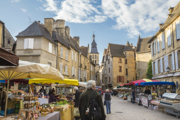 Market in medieval village Sarlat