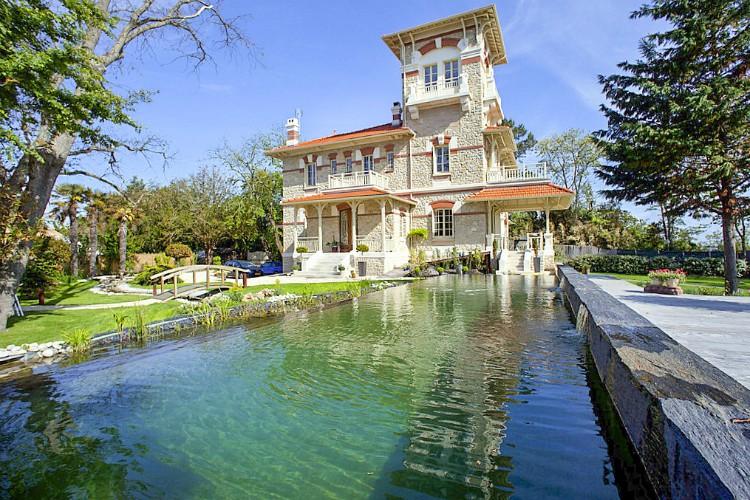 Villas in Aquitaine