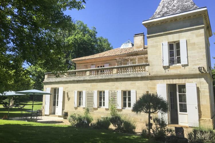 Chateau les Peintures - Aquitaine - Oliver's Travels