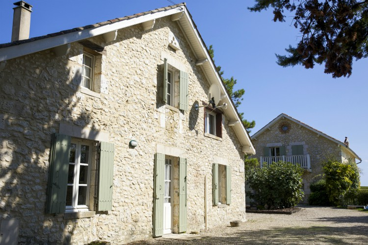 Peach Cottage - Dordogne - Oliver's Travels