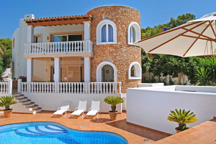 Villa Hermosura - Ibiza - Oliver's Travels