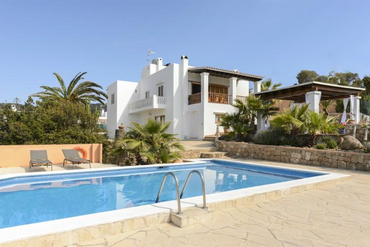 Villa Vadella - Ibiza - Oliver's Travels