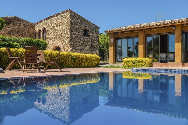 Villa Aleta - Costa Brava - Oliver's Travels