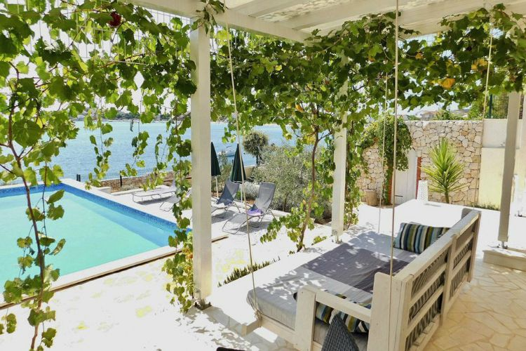 Villa-Natulia-Dalmatia-Olivers-Travels (7)