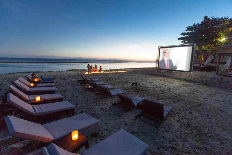 Beach cinema, Karma Beach