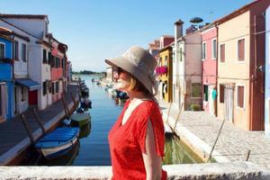 Cheryl Howard - Travel Blogger