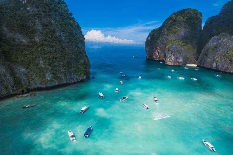 no Thailand itinerary would be complete without the Phi Phi Islands