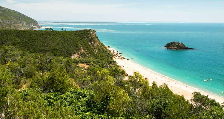 Parque Natural da Arrábida best beaches in lisbon