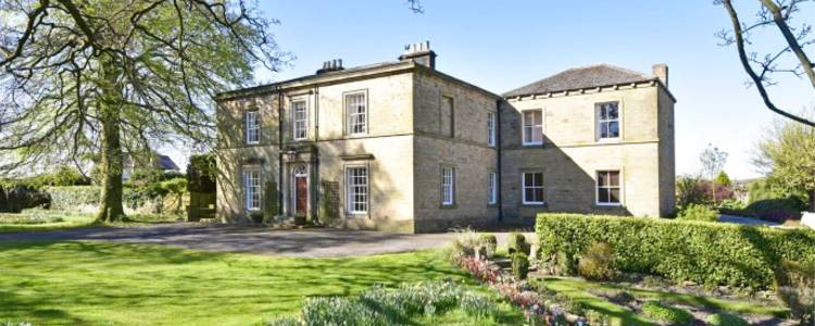 villas as Filming locations