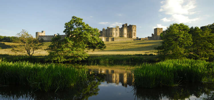 northumberland travel guide alnwick castle