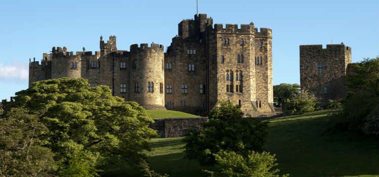 alnwick castle days out in northumberland