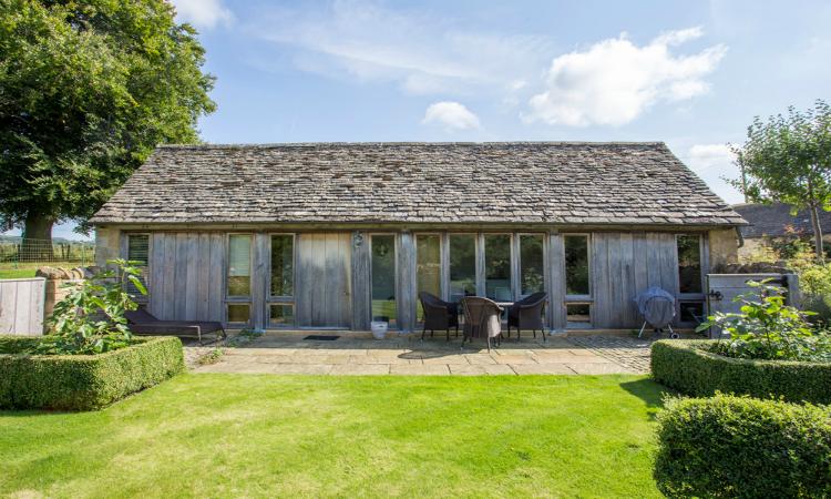 The Cobbler's Cottage Cotswolds Eco Friendly Villas