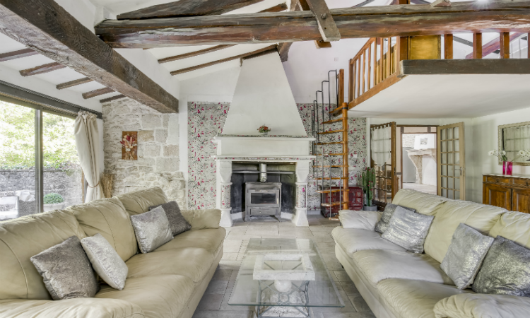 quirky places to stay Moulin des Iles