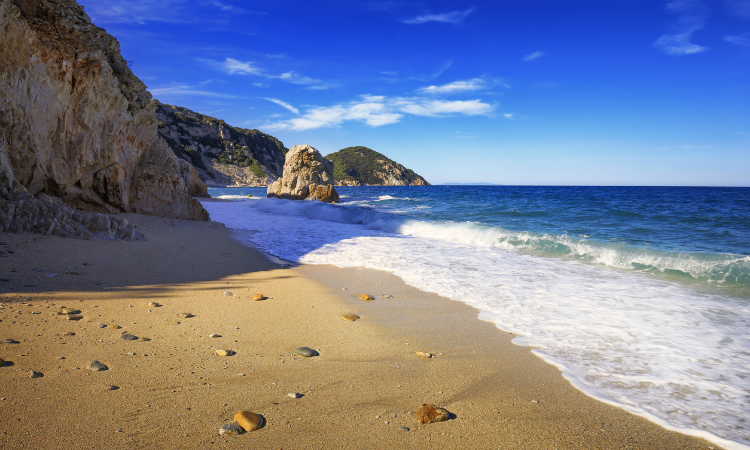 Portoferraio Sansone Sorgente Beach – Tuscany Beach Bucket List