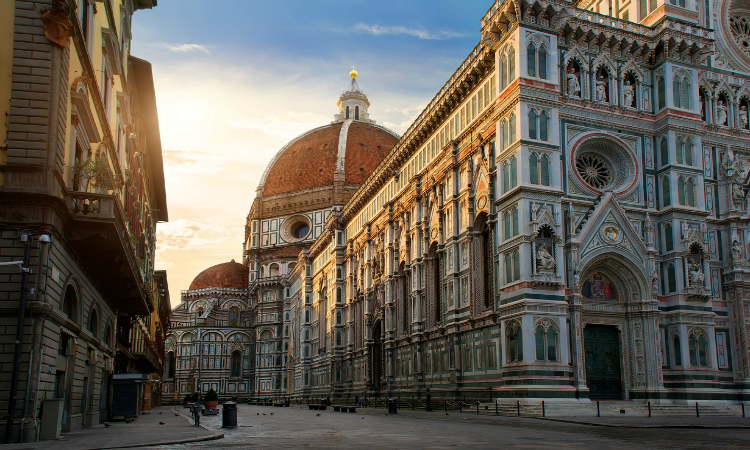 Piazza Duomo in Florence - Unique Vacation Ideas