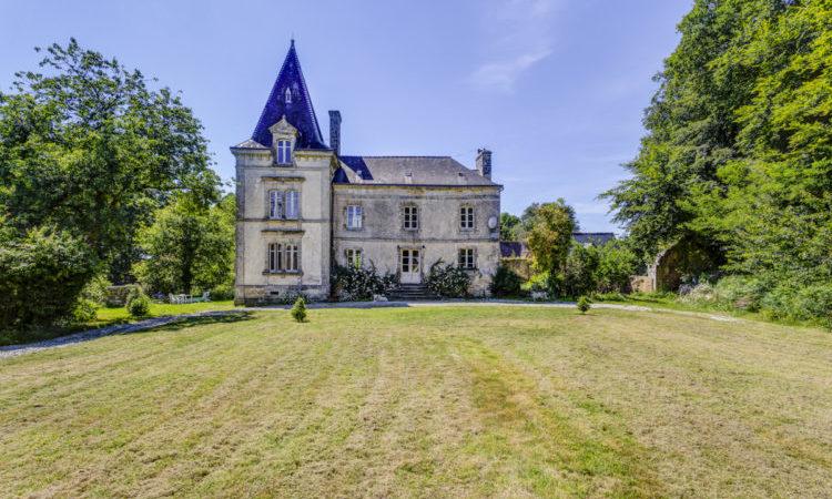 Chateau Lignol, Brittany