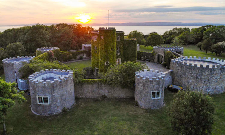 c17th castle somerset