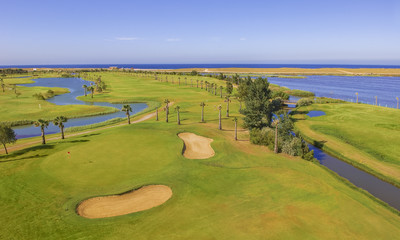 Villas with nearby golf course
