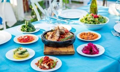Greek dining