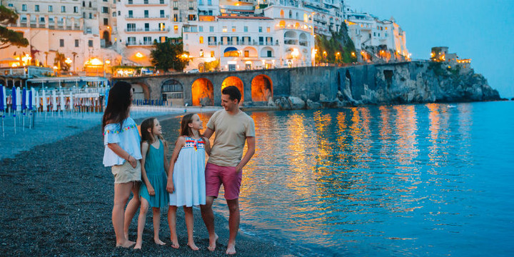 Family in the Amalfi Coast