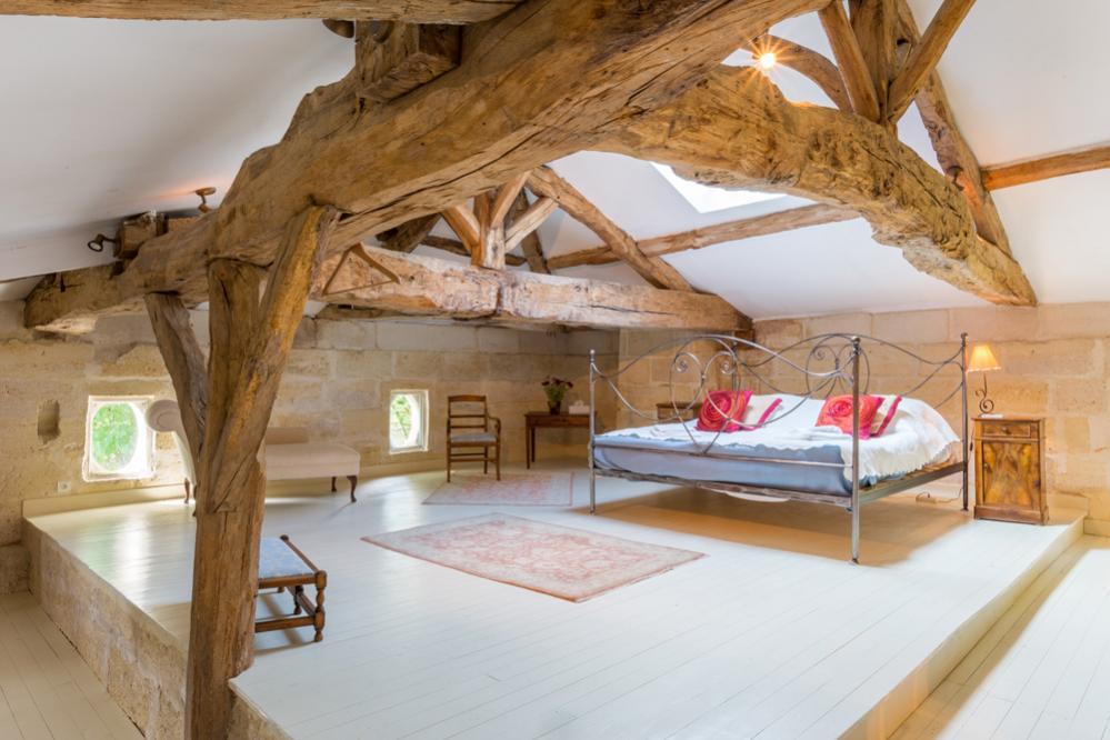 Populair Maison Du Vins, Aquitaine | Oliver's Travels MO61