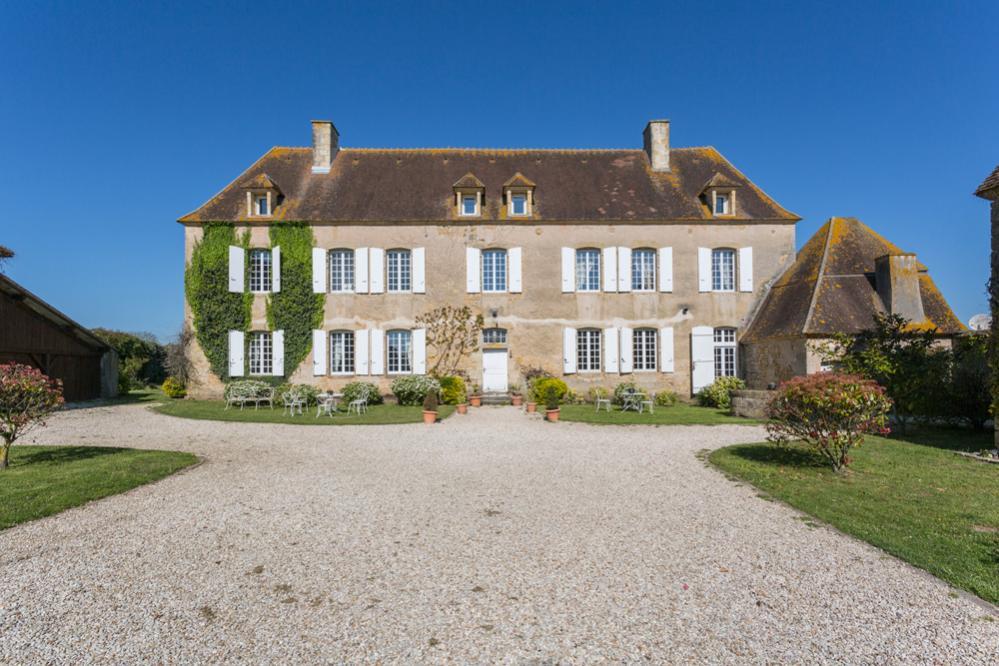 Manoir De La Gargole, Burgundy | Oliver\'s Travels