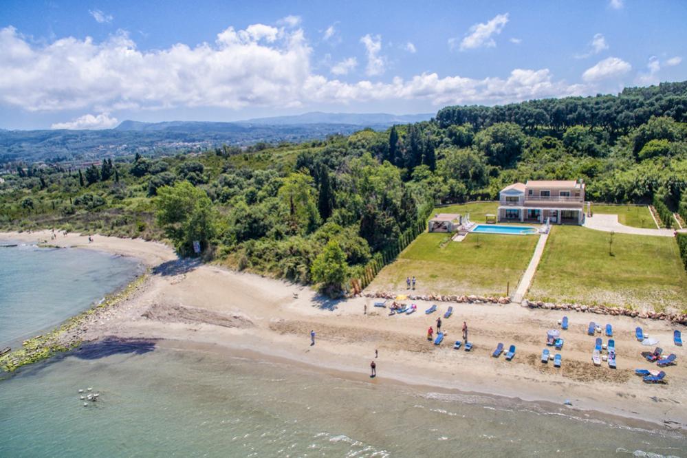 9de070f47 Roda Beach Villa