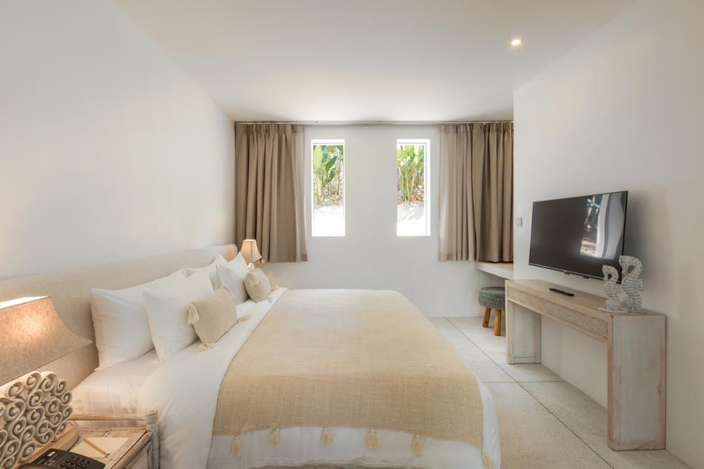 Villa Hanfa, Eden Beach Resort | Oliver's Travels