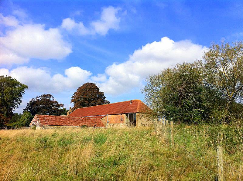 Muddy Manor Barn
